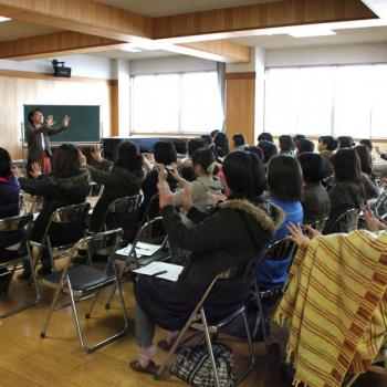 「能力を伸ばすヒントは言葉の中にある」講演:山崎里美
